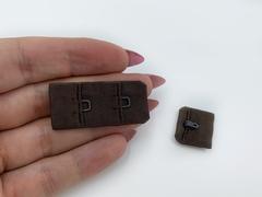 Застежка с крючками шоколад 1 ряд