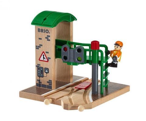 BRIO Сигнальная станция c механическим переключением стрелок и светофоров
