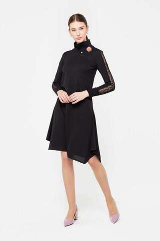 Фото черное гипюровое платье с высоким воротом, рукава украшают изысканные кружевные вставки - Платье З410-674 (1)