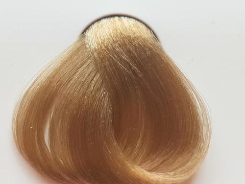 Натуральные волосы бежевых блонд
