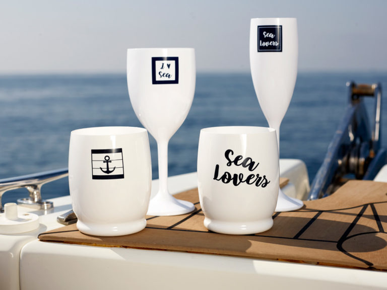 WATER GLASS – LETTERS, SEA LOVERS