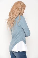 Оригинальная блуза, которая точно вызовет белую зависть у подруг. Шикарно, необычно, современно. Рекомендуем.