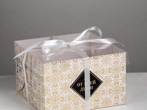 Коробка на 4  капкейка «От всей души»