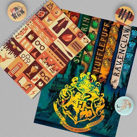 Хогвартс: набор из тетради, плаката А4 и 3 значков