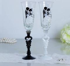 Набор свадебных бокалов «Влюблённые», с сердцем на ножке, 210 мл, фото 1