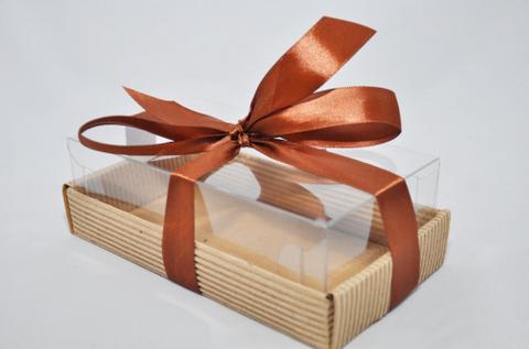 Коробка с пластиковым верхом 18,3*10*6 см