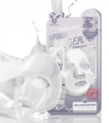 Осветляющая тканевая маска для лица с молочными протеинами Milk Deep Power Ringer Mask Pack