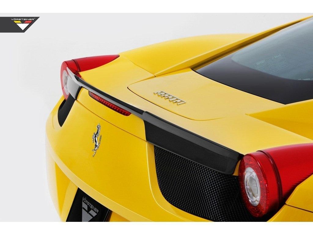 Карбоновый спойлер на багажник Vorsteiner Style для Ferrari 458 Italia