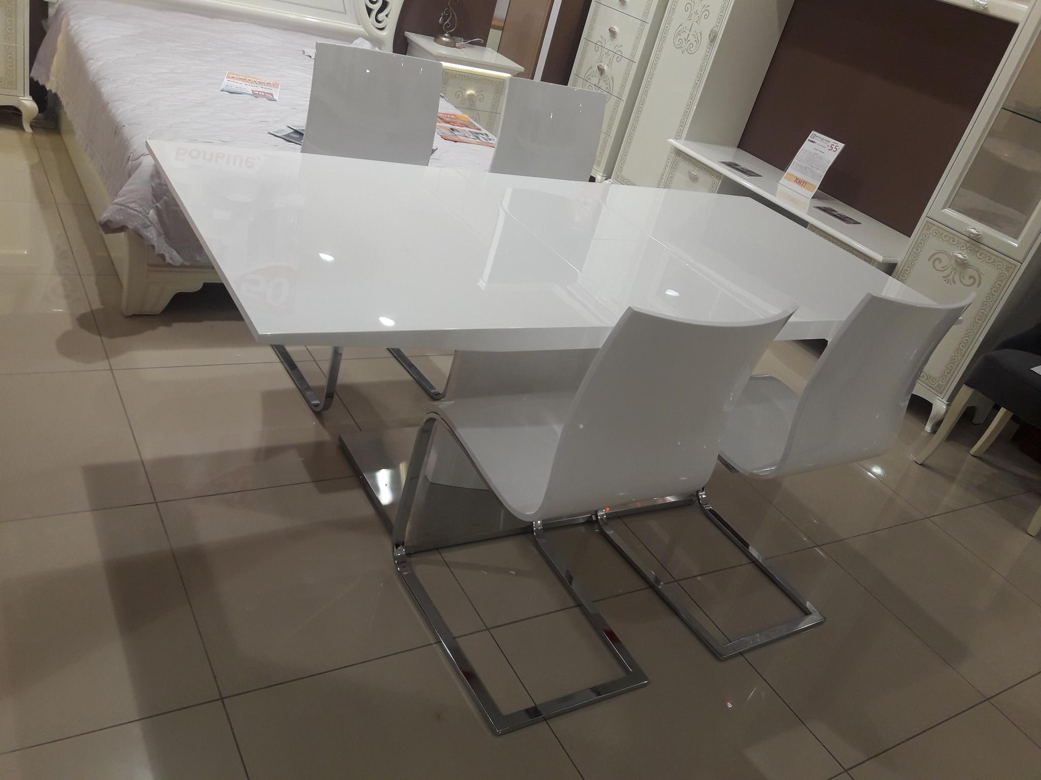 Стол DUPEN DT-01, стулья DUPEN СН-1003