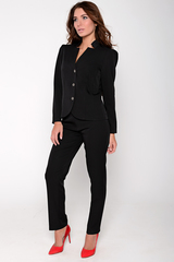 <p>Приталенный жакет на пуговицах отлично сочетается с классическими брюками на резинке. Незаменимая вещь в гардеробе деловой дамы. Длина: 44-52р Пиджак: 57-60см, рукав 60см Брюки: 97-102см</p>