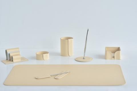 Кожаный канцелярский набор из бежевой кожи 7 предметов