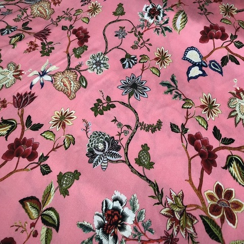 Ткань вискоза  розовая с цветами 3206