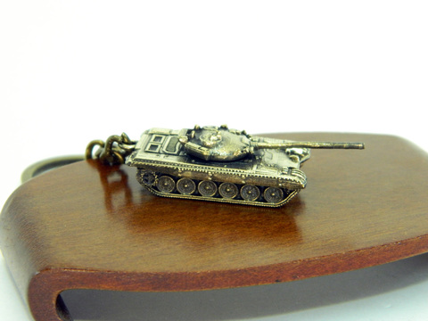 Miniature Russian battle tank T72