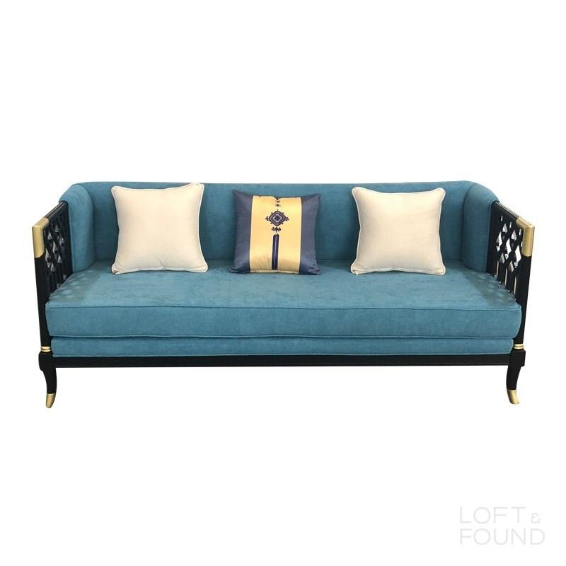 Диван Upholstery