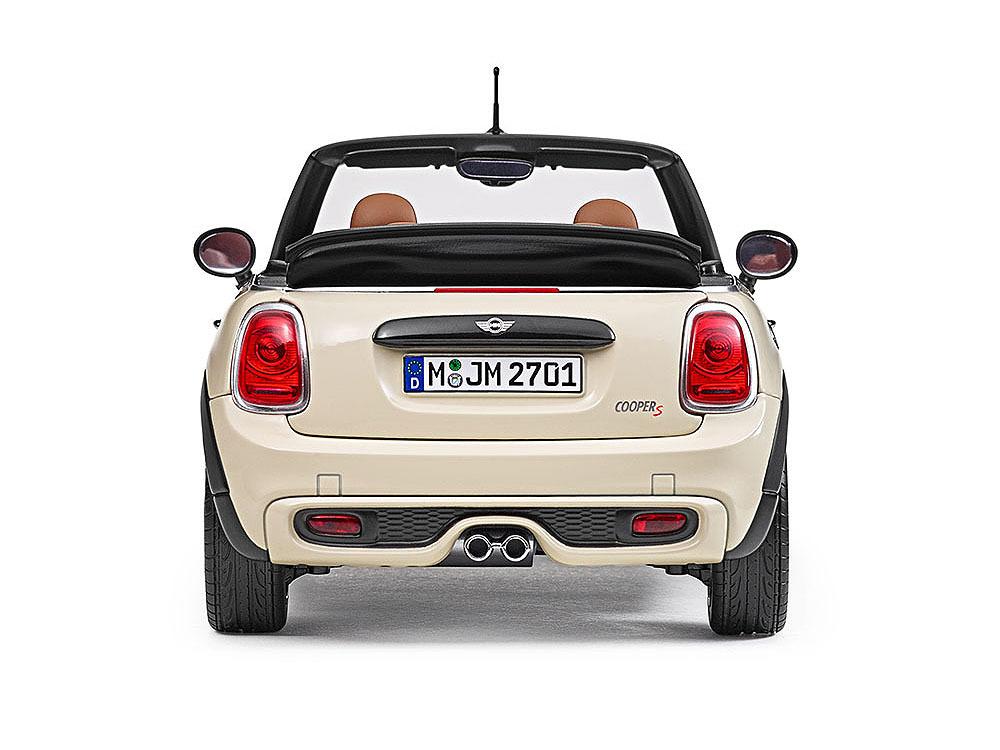 Коллекционная модель Mini Cooper S Cabrio (F57) 2016 Pepper White
