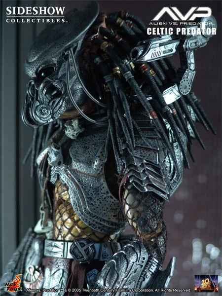 Alien vs. Predator: Celtic Predator Movie Masterpiece Figure