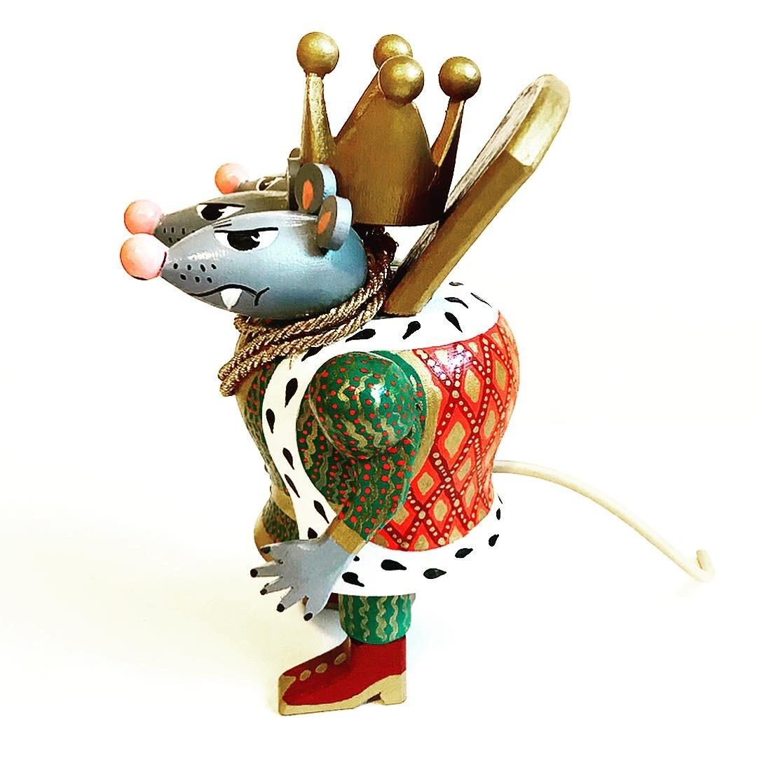 Деревянная игрушка Трехглавый Мышиный король