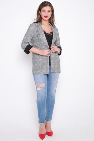 <p>Уютный пиджак свободного кроя из вискозы хеви. Без подклада.Рукав 3/4 с контрастными манжетами. Функциональные карманы. (Длина: 44-74см; 46-75см; 48-76см; 50-77см)</p>