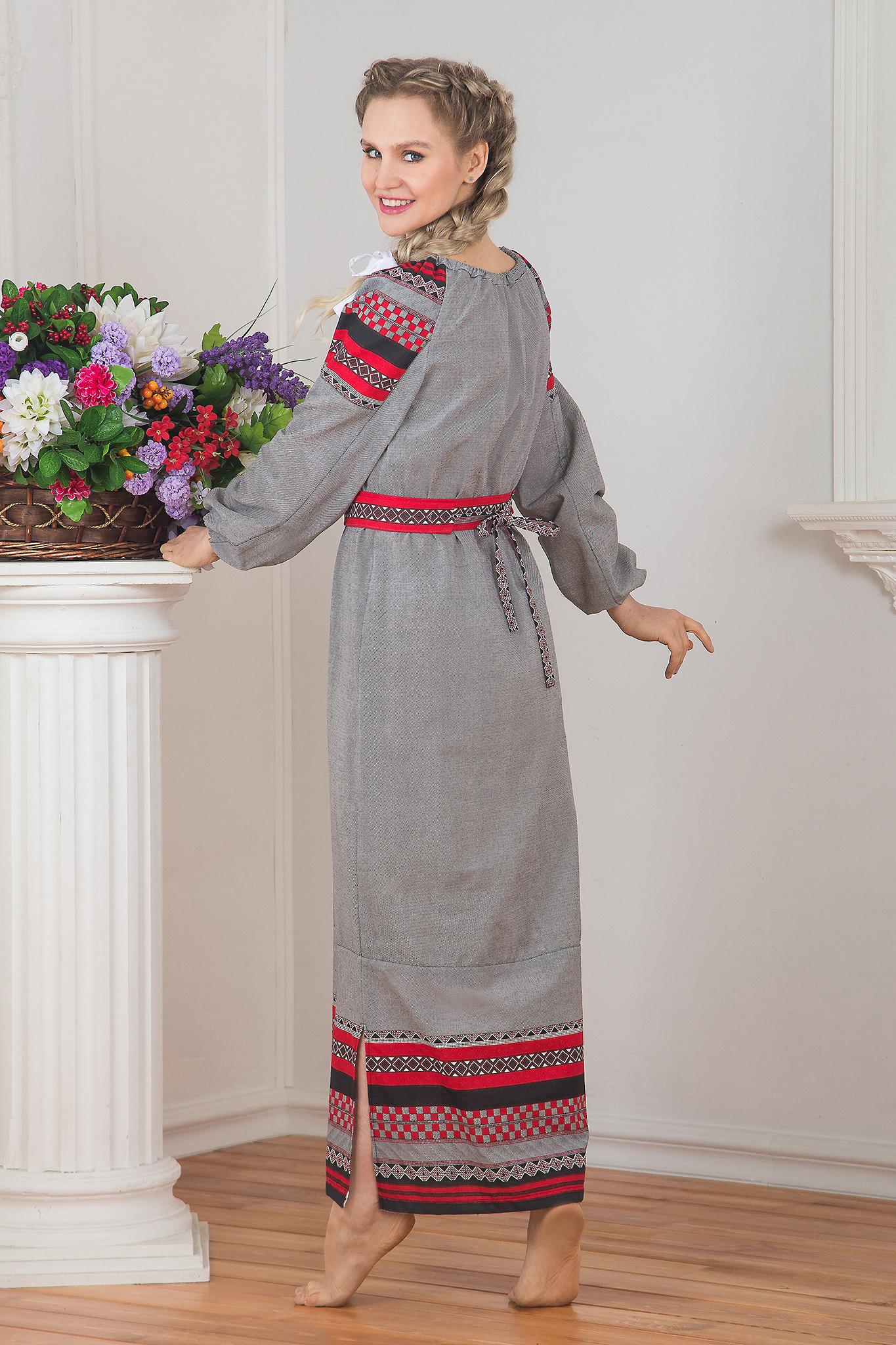 Традиционное платье Чалдоны 01 вид сзади