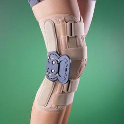 С регулируемыми шарнирами Ортез коленный ортопедический с боковыми шарнирами prod_1242854413.jpg