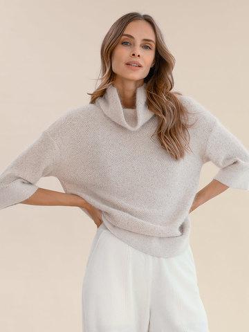 Женский свитер бежевого цвета из ангоры - фото 4