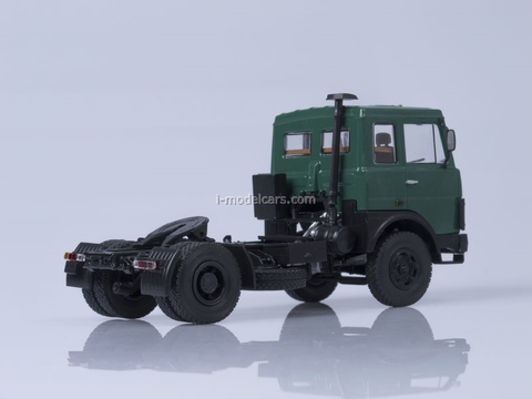 MAZ-5432 road tractor early cabin green AutoHistory 1:43