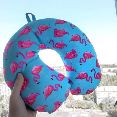 Подушка-подголовник «Фламинго», голубая-2