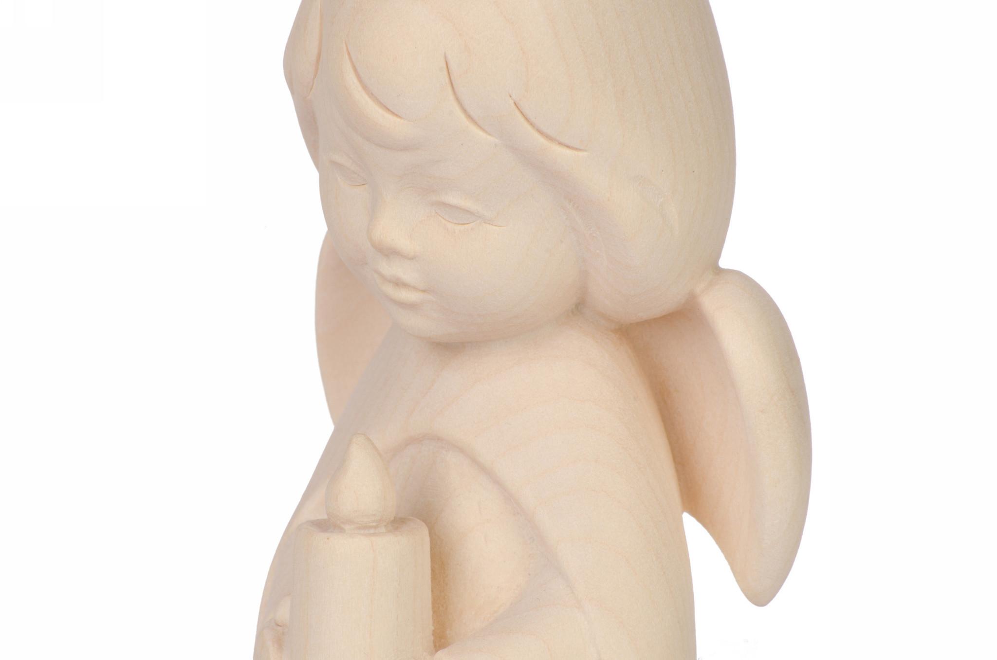 Ангел со свечкой