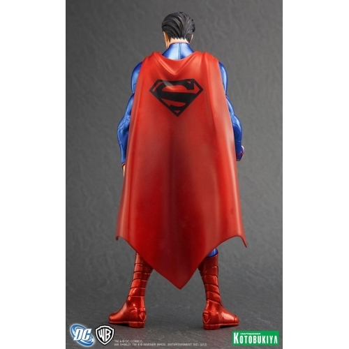 New 52 1/10 Superman Scale ArtFX Statue