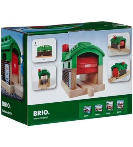 BRIO Железнодорожное депо с механизмом подъема и опускания двери