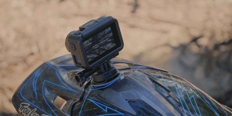 Экшн-камера DJI OSMO Action на шлеме