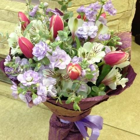 № 32. Милый букет с тюльпанами.