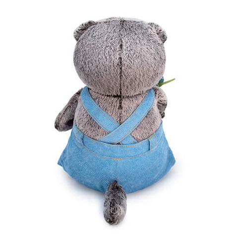 Кот Басик в голубом комбинезоне с розочкой