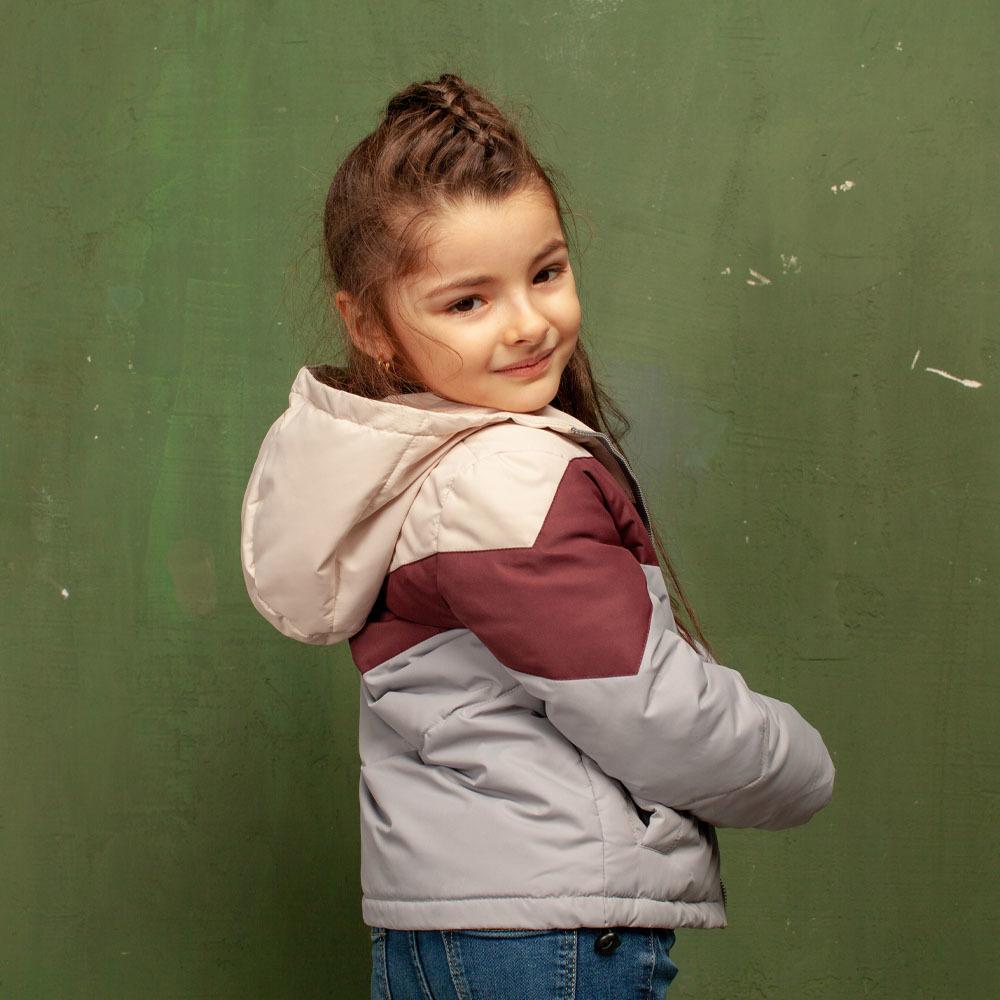 Детская демисезонная серая куртка из водоотталкивающей плащевки