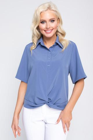 """<p><span>Модная рубашка в стиле """"смарт кэжуал"""" является одним из трендовых элементов вашего гардерода этой весной. Рубашка """"Лера"""" отлично сочетается с брюками,юбками разной длины, джинсами и шортами. В ней вы будете чувствовать себя женственно, модно и стильно. Рукав до локтя, ворот отложной с планкой на пуговицах. По переду декоративный элемент """"перевертыш"""". (Длины: 46-48=59см; 50=60см;52=62см)&nbsp;</span></p>"""