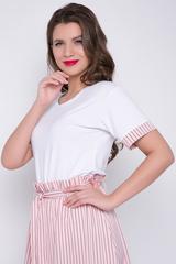 """<p>Отличный блузон для модных """"луков"""". Сочетается с юбкой """"Эмилия"""" и брюками """"Дина"""".&nbsp; (Длина: 46-52= 62 см)&nbsp;</p>"""