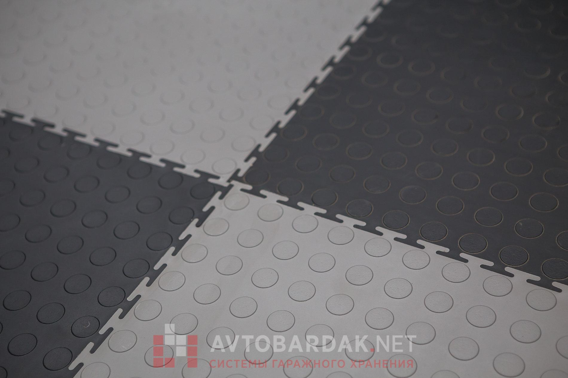 Плитка ПВХ 500х500 мм на пол  для гаража. Черная, толщина 7 мм.