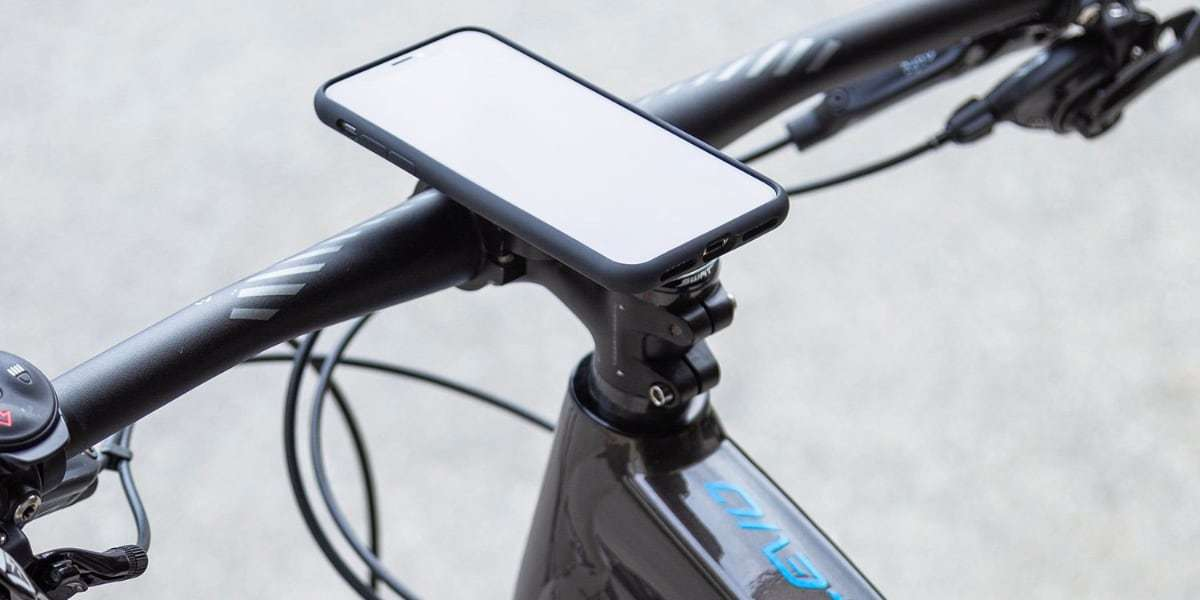 SP Connect BIKE MOUNT PRO со смартфоном