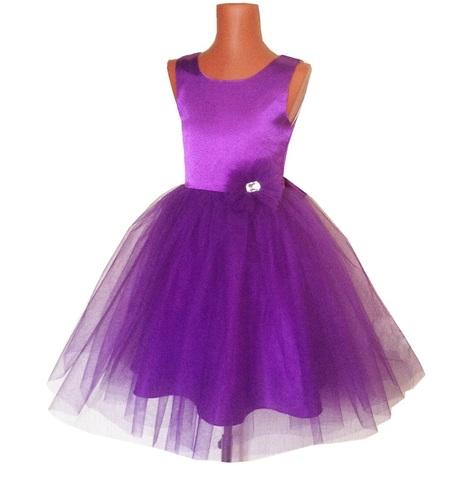 Пышное фиолетовое платье