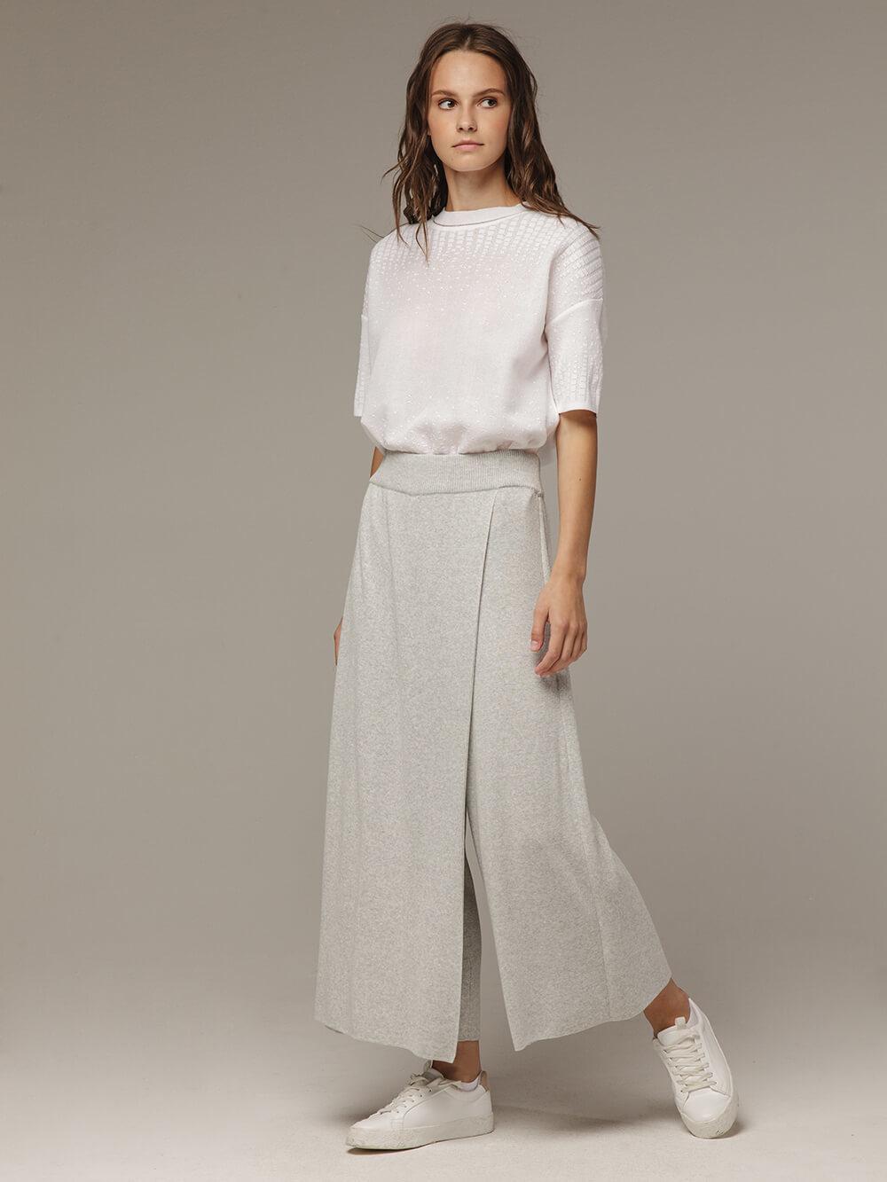 Женские серые свободные брюки из вискозы - фото 1