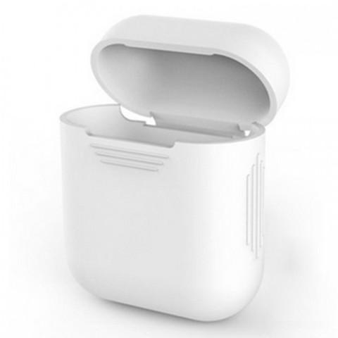 Чехол на airpods силиконовый (белый)
