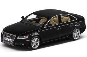 Коллекционная модель Audi A4 Phantom Black