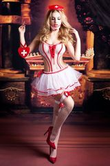 красивый игровой костюм медсестры