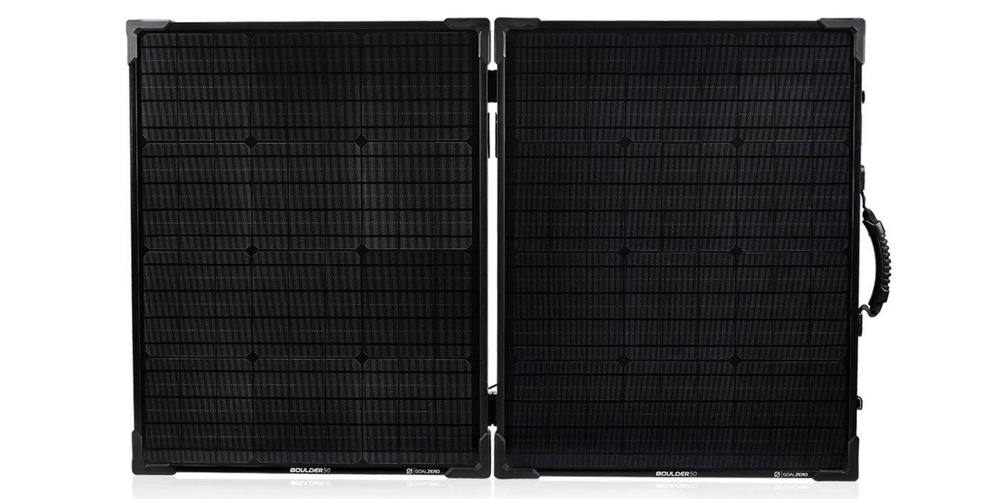 Солнечная панель Goal Zero Boulder 100 Briefcase вид спереди