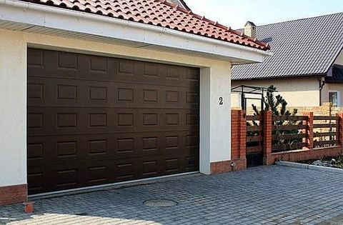 Автоматические ворота в гараж  3000 x 2500