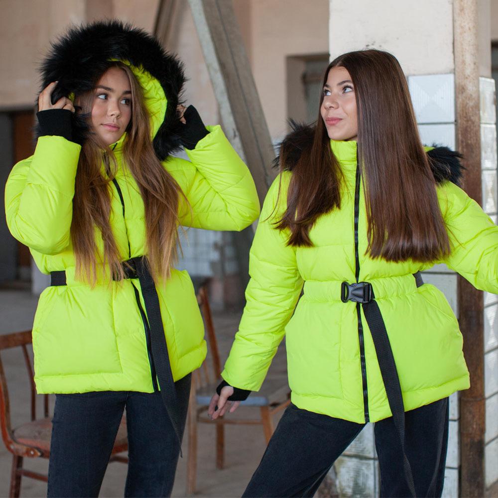 Подростковая зимняя куртка салатового цвета на девочку