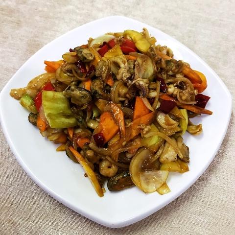 38-17Морепродукты с овощами蔬菜炒海杂