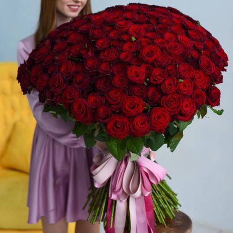 Букет 201 красная роза 90см