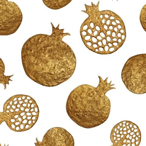 Золотые гранаты на белом