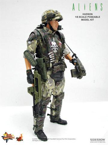 Aliens - USCM Private William Hudson 12 inch model kit